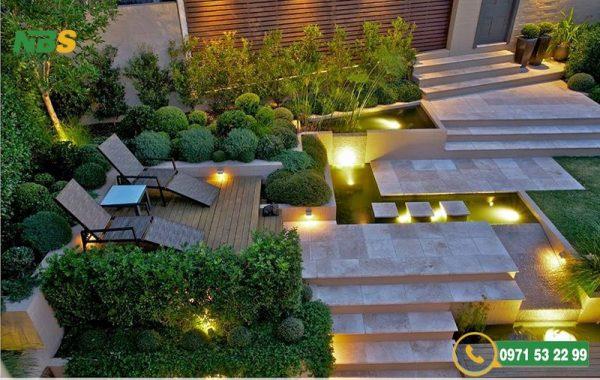 Mẫu thiết kế sân vườn phong cách Châu Âu hiện đại